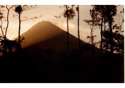 12  CR - ARENAL - dawn sees a fresh angle